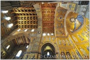 Wnętrze Katedry w Monreale Sycylia WŁOCHY
