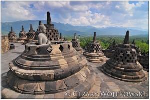 Buddyjska świątynia Borobodur INDONEZJA