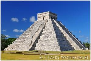 Zamek lub piramida Kukulkana Chichen Itza MEKSYK