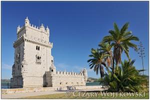 Torre de Belém militarna budowla w Lizbonie PORTUGALIA